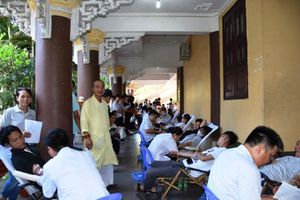 Gia đình Phật tử Đà Nẵng hiến máu tình nguyện