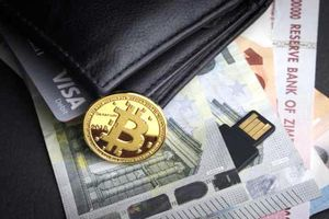 Bitcoin giảm nhẹ, tương lai u ám