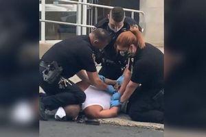 Mỹ điều tra vụ cảnh sát lại đè cổ đối tượng ở Pennsylvania