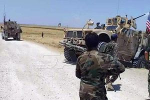 Bị quân chính phủ Syria chặn, đoàn xe quân sự Mỹ buộc quay đầu