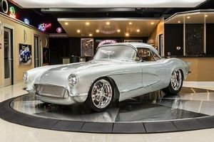 Chevrolet Corvette 1962 siêu độc, tốn hơn 10.000 giờ phục chế