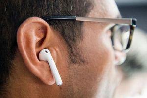Bất ngờ khi biết lý do tai nghe Apple luôn có màu trắng