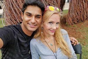 Bà U70 ra mắt 'người tâm đầu ý hợp' với con cháu, ai cũng sốc trước gương mặt non choẹt của chàng trai 19 tuổi