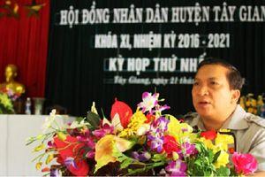 Bí thư huyện Tây Giang (Quảng Nam) xin nghỉ hưu trước 5 năm