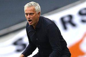 Mourinho xem thường việc đứng trên Arsenal