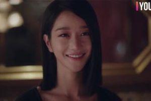 Điên thì có sao: Seo Ye Ji tự ví như 'chú chó mùa xuân', thoát khỏi xiềng xích bằng cách tự cắt đi mái tóc 'ma ám' của mình