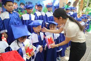 Lễ ra trường của các bé 5-6 tuổi Trường Mầm non Lý Tự Trọng