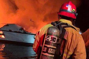 11 lính hải quân bị thương trong vụ cháy tàu chiến Mỹ