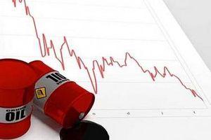 Giá dầu thô 6 tháng 2020 'bốc hơi' 24 USD/thùng so với cùng kỳ
