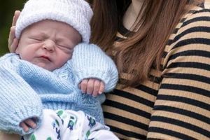 Chỉ vỏn vẹn 4 tiếng sau khi biết mình có thai, cô gái 21 tuổi bỗng chốc lên chức mẹ: 'Tôi thật sự quá sốc'