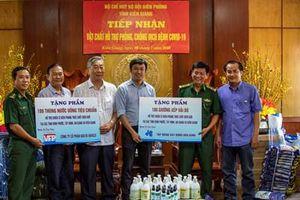 Tập đoàn Hòa Bình trao quà tặng Bộ đội Biên phòng và học sinh vùng biên