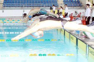 420 kình ngư dự tranh giải bơi - lặn vô địch trẻ quốc gia năm 2020