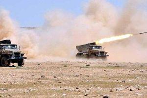 Quân đội Syria đáp trả dữ dội phiến quân sau cuộc tấn công vào căn cứ của Nga