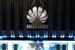 Huawei vẫn 'ăn nên làm ra' bất chấp loạt biện pháp siết chặt từ Mỹ