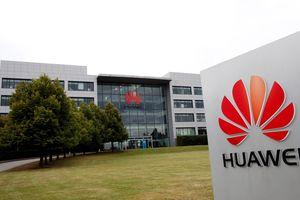 Anh loại Huawei ra khỏi kế hoạch phát triển mạng di động 5G