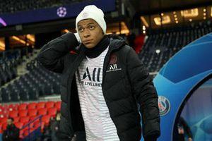 Mbappe chưa vội gia hạn với PSG