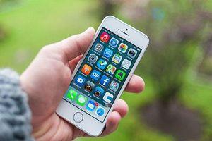 CLIP: 7 thói quen sai lầm khi sạc pin mà người dùng iPhone hay mắc phải