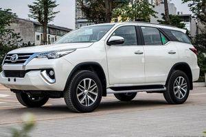 Hưởng ưu đãi kép, Toyota Fortuner tiếp tục dẫn đầu phân khúc SUV