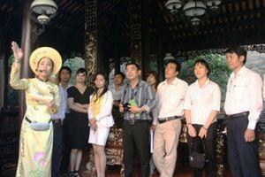 Các yếu tố ảnh hưởng đến chất lượng nguồn nhân lực du lịch trên địa bàn Thành phố Hồ Chí Minh