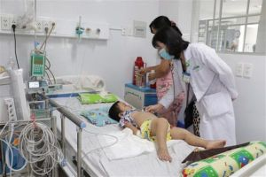 Bệnh tay chân miệng bùng phát nhanh, Hà Nội có 330 ca