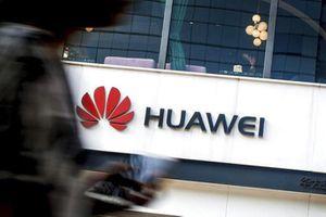 Trung Quốc giám sát chặt chẽ quyết định Anh cấm Huawei hoạt động