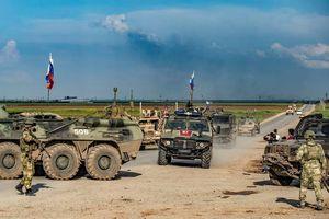 Nga – Thổ tạm ngừng tuần tra chung ở Syria vì bom của phiến quân