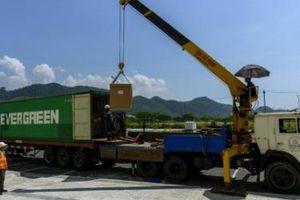 Thông quan lô thiết bị đầu tiên tại Khu công nghệ thông tin Đà Nẵng