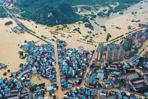 Chưa hết đợt dịch Covid-19 thứ hai, Trung Quốc lại ứng phó với lũ lụt lịch sử