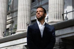 Cựu cầu thủ bóng bầu dục trên con đường trở thành Obama của Canada
