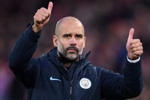 HLV Guardiola phản pháo Mourinho và Klopp