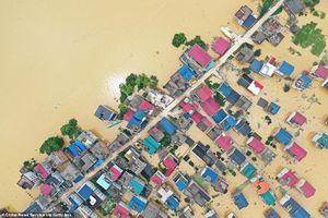 Mưa lũ lịch sử ở Trung Quốc: Những con số gây sốc