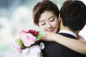 Vợ cay đắng nghe chồng thẳng tay 'buộc tội' osin trẻ khi chuyện tình bại lộ