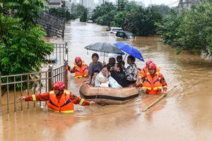 Lũ lụt tiếp tục hoành hành nhiều địa phương tại Nhật Bản, Trung Quốc