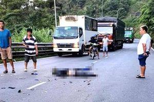 Lâm Đồng: Xe máy nằm gọn dưới gầm xe đầu kéo, nam thanh niên thiệt mạng