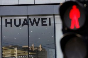 Anh 'cấm cửa' Huawei tham gia mạng 5G, Trung Quốc nói 'sai lầm'