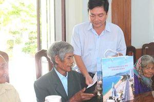 Khánh Hòa: Đoàn đại biểu Quốc hội tỉnh thăm hỏi các gia đình chính sách