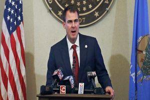 Thống đốc Oklahoma nhiễm Covid-19 khi Mỹ tiếp tục đón nhận kỷ lục buồn