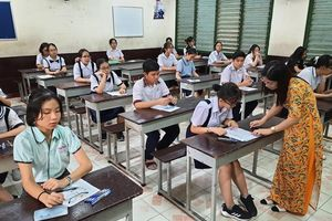 Hơn 82 nghìn thí sinh tại TP Hồ Chí Minh bước vào kỳ thi lớp 10