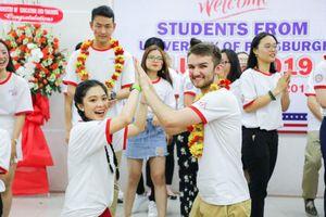 Trở về nước, du học sinh ưu tiên chọn UEF để khởi đầu chương trình đại học