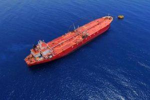 12 thuyền viên Việt Nam mắc kẹt trên tàu biển ở Malaysia
