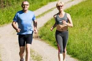 Tập thể dục ở tuổi 50 có 3 sai lầm không nên mắc phải