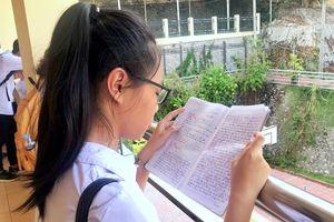 Thí sinh bước vào môn thi chung đầu tiên - Ngữ Văn