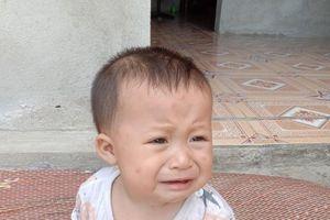 Nghệ An: Thảm cảnh bé trai 7 tháng tuổi phải cắt bỏ thận vì căn bệnh hiểm nghèo