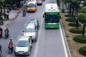 Ưu tiên hạ tầng để tạo sức bật cho xe buýt