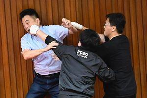 Ẩu đả tại cơ quan lập pháp Đài Loan vì vấn đề nhân sự