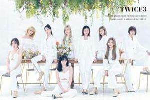 Twice đánh úp nhá hàng sản phẩm tiếng Nhật mới, fan lập tức trổ tài thám tử đoán thời gian thực hiện album chỉ qua chi tiết nhỏ này!