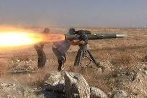 Clip: Quân đội Syria phóng tên lửa chống tăng khủng vào lực lượng do Mỹ hậu thuẫn