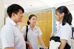 Ngày thi cuối cùng kỳ thi tuyển sinh vào lớp 10 đại trà tại Đà Nẵng: Thí sinh 'than trời' vì đề Toán khó!