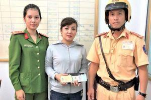 Một công an quận Hồng Bàng 'nhặt được của rơi, trả người đánh mất'