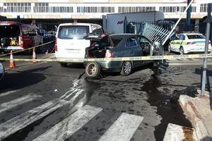 Trộm cắp khẩu trang, hai nghi phạm bị cảnh sát bắn chết